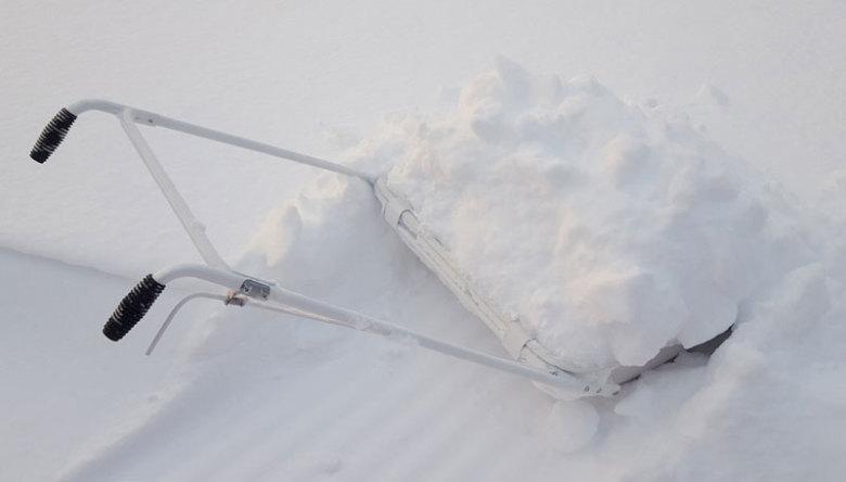 fiskars snösläde med tippfunktion